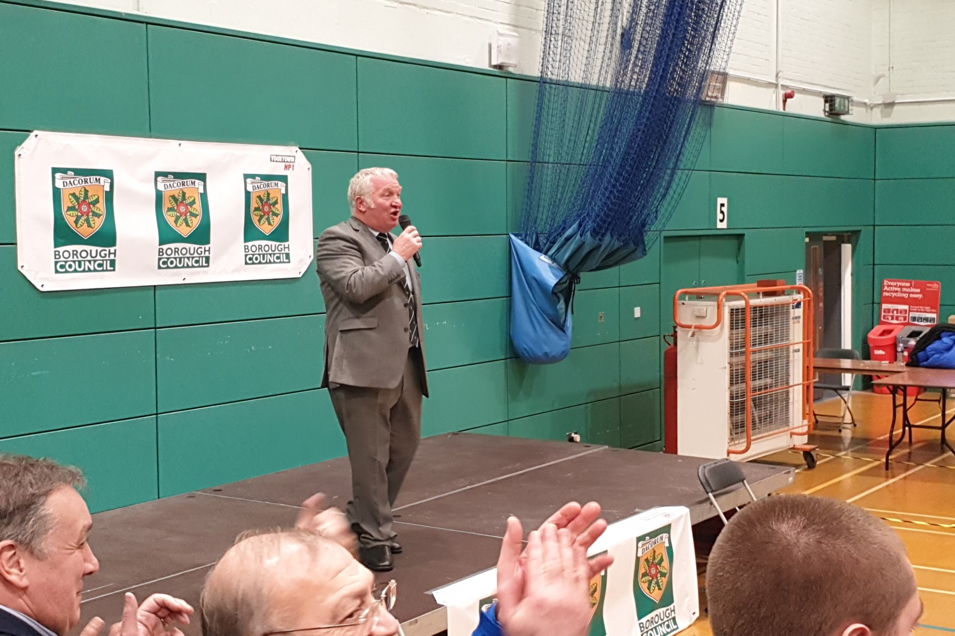 Sir Mike Penning wins general election 2019 for Conservatives in Hemel Hempstead